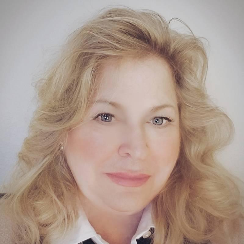 Arlene Bonnet, Twist Out Cancer Board Member